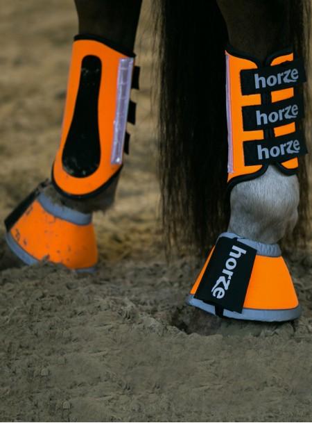 Яскраві світловідбиваючі кобури для коня з неопрену від ТМ Horze Фото