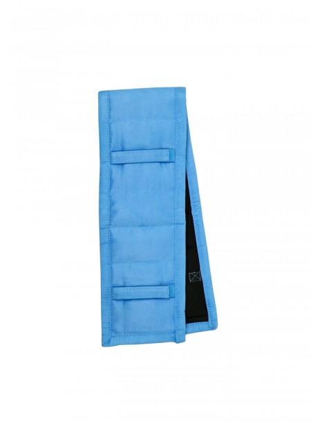 Накладка для підпруги від фірми QHP з 100% поліестеру в блакитному кольорі Фото